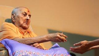 Guruhari Darshan 5 May 2015 - Pramukh Swami Maharaj's Vicharan