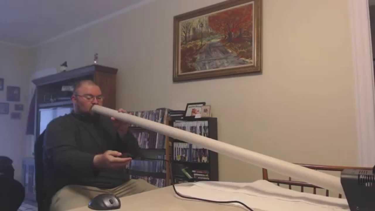 un homme fabrique une cigarette lectronique g ante youtube. Black Bedroom Furniture Sets. Home Design Ideas