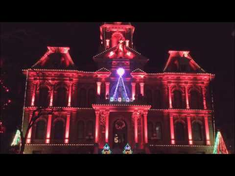 Dicken's Victorian Village Courthouse Light Show, Cambridge,