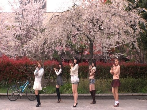 ℃-ute 桜チラリで 『桜チラリ』