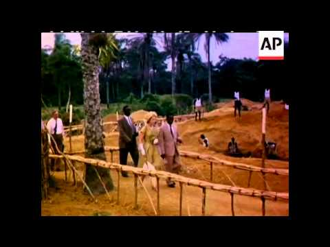 THE QUEEN IN WEST AFRICA  - COLOUR - NO SOUND