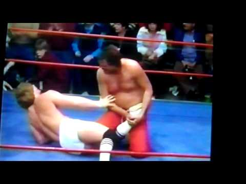 "Mike Von Erich Vs Jake ""The Snake"" Roberts"
