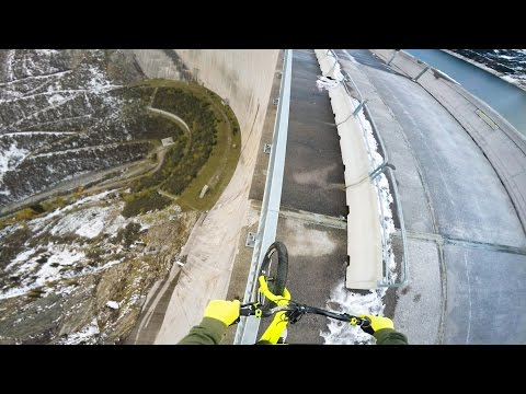 Riding a bike on a 200m high rail - Fabio Wibmer