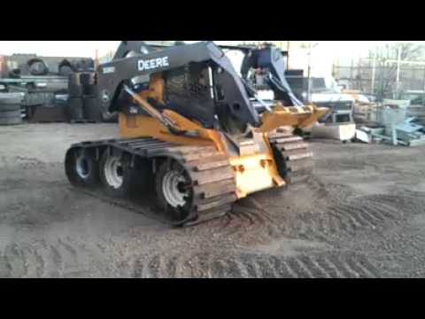 Triple Axle 32 Inch Wide Skid Steer Tracks Right Track