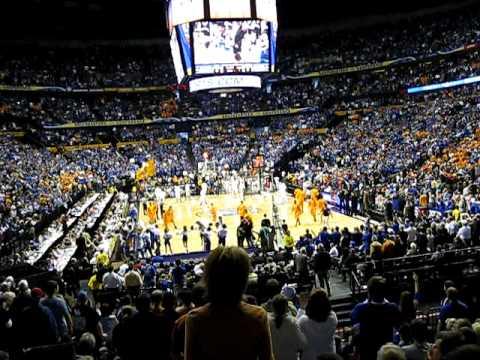 Go Big Blue Chant of 18000 Kentucky Wildcat Fans SEC Men