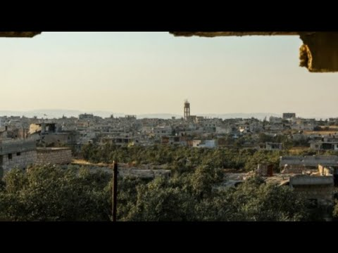 التلفزيون السوري يؤكد دخول حافلات لإجلاء سكان من كفريا والفوعة  - نشر قبل 1 ساعة