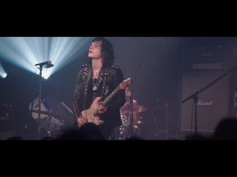 "Tyler Bryant & The Shakedown - ""Weak & Weepin'"" LIVE in Nashville, TN"