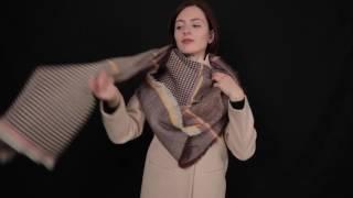 видео Как завязать платок на пальто
