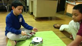 SPIN ART ROBOT ( Exploding Minds )