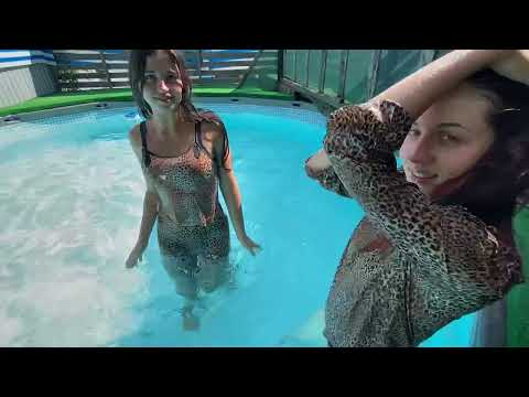 Wetlook imp model Kate and Vikky 🐆in leopard clothes get wet in the pool