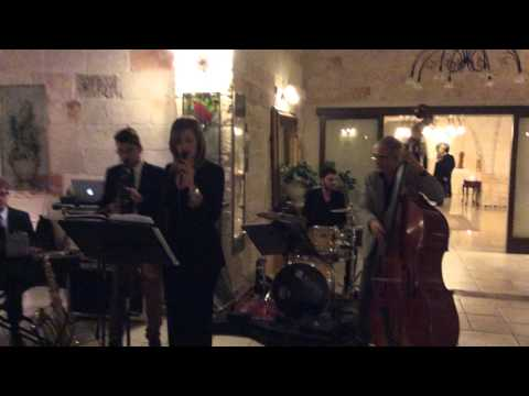 Antonieatta Borrelli & Bluenotes Live band - cercando te (it