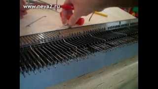 Замена  игл на вязальной машине Нева-2