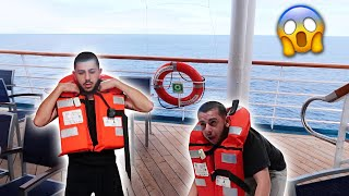our-cruise-ship-is-sinking-prank
