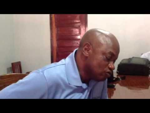 """Mouctar Bah, Correspondant RFI et AFP à Conakry : """"Je suis"""