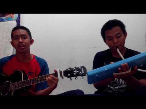 Alif (gitar) & Dhinar (pianika) - Gita Gutawa - Melangkah Lagi