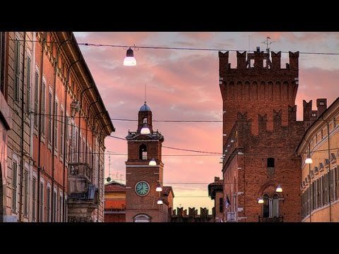 Walking tour through Ravenna
