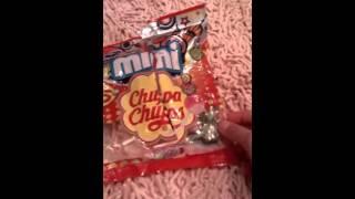 Mini chupa -chups !!!!!!Киндер сюрприз мягкий на ощущение котёнок !!!!!!!