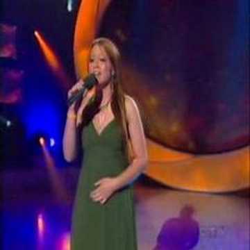 Melissa O'Neil - Never Walk Alone