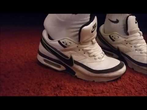 newest 76dd6 02450 nike air max classic bw - sneakerplay - cutting laces - YouTube