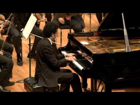 Ponce, concierto para piano. Abdiel Vazquez. OJUEM. Rivero Weber