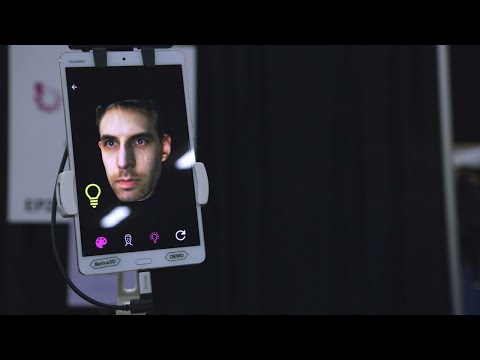 This 3D selfie camera is shockingly accurate