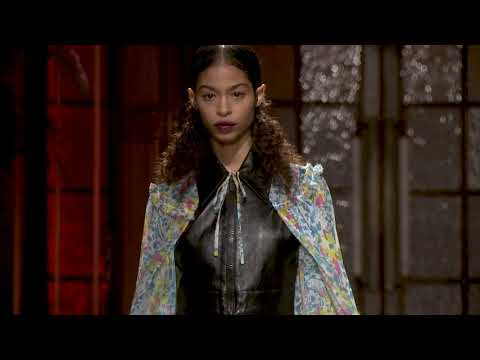 Miu Miu Club Shanghai - Crosiere 2019 Fashion Show