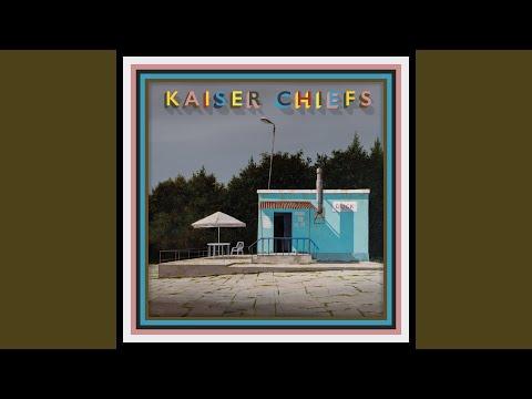 Kaiser Chiefs - Lucky Shirt mp3 ke stažení
