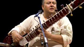 Ustad Shujaat Hussain Khan - Raga Mishra Bhairavi - ( Sitar - Tabla ) - by roothmens