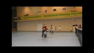 """Тренировка детей 5-7 лет в Теннисном Клубе """"Вулкан""""."""