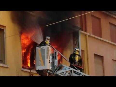 feu pompier gros incendie appartement saint rapha l var 20 f vrier 2016 youtube. Black Bedroom Furniture Sets. Home Design Ideas