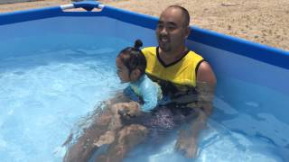 2歳の夏 水遊び.