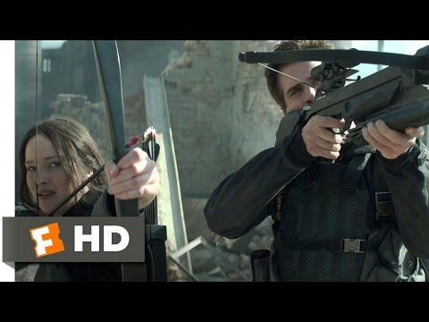 The Hunger Games: Mockingjay - Part 1 (4/10) Movie CLIP - Battling the Bombers (2014) HD streaming vf