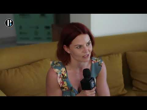Entrevista en inglés con la actriz y productora Jennifer Morrison