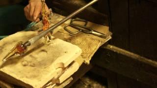 Муранское стекло (HD)(Изготовление фигуры из муранского стекла в венецианской мастерской., 2011-03-08T22:30:02.000Z)