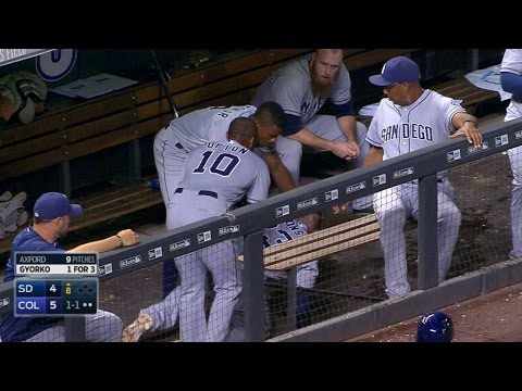Alonso inadvertently hit by Upton's helmet