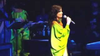 Bjork - Venus As A Boy Live at Glastonbury 2007