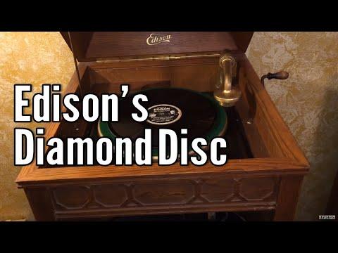Old Gramophone at Sungei Road Thieves/Flea Marketde YouTube · Durée:  1 minutes 49 secondes · 1.000+ vues · Ajouté le 25.11.2010 · Ajouté par dogcom sg