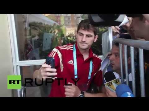 Brazil: Casillas gets snap happy with fans as La Roja head to training