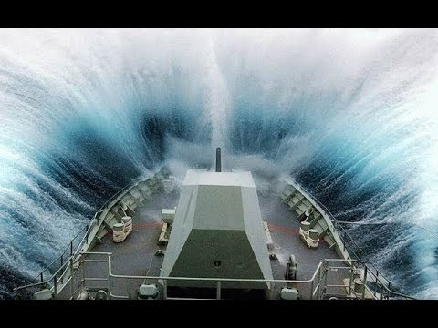 ©MASSIVE Waves Hitting Ships-Collisions Accidents and Crashes©