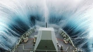 MASSIVE Waves Hitting Ships-Collisions Accidents and Crashes