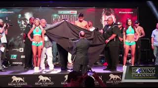 Terence Crawford and Jeff Horn Hit the Scales