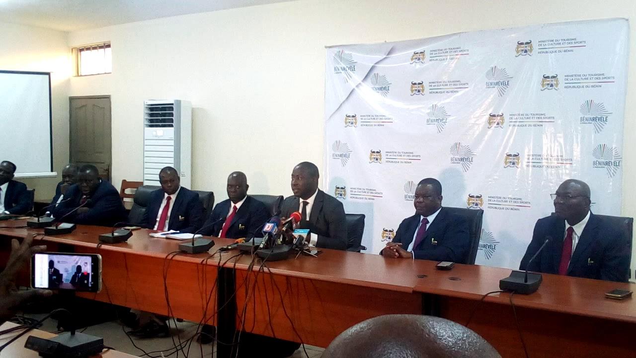 Le ministre des sports du Bénin après la rencontre avec la FBF. Trinité Singbo