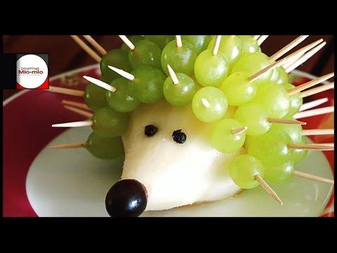 Как сделать ежика из винограда
