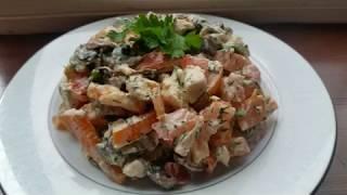 Очень вкусный салат с куриной грудкой и болгарским перцем