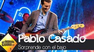 Pablo Casado toca 'Uptown funk' con el bajo - El Hormiguero 3.0
