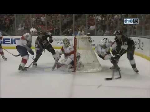 Jeff Carter Scores on James Reimer | Kings Lead Panthers 2-0