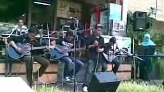 Farinaz Band - Teman (Live)