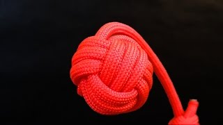 How to tie Monkey's Fist knot paracord keychain