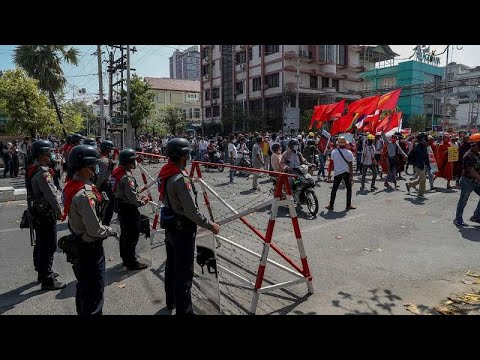 فيسبوك وانستغرام تمنعان جيش ميانمار من استخدام منصاتهما …  - 13:01-2021 / 2 / 25