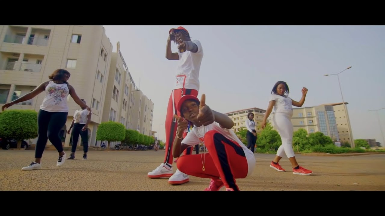 Download Mami La Star  Ft Viebou Loup - We Come From Mali (Officiel Video)